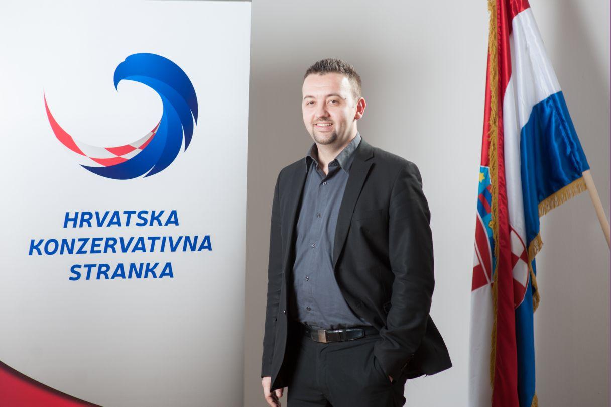 Marijan Pavliček